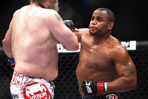 Daniel Cormier Signs New 8-Fight Deal with UFC, Rashad Evans a Possible Opponent