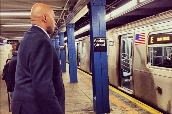 Charles Barkley Does Unthinkable, Rides Subway to Brooklyn Nets-New York Knicks