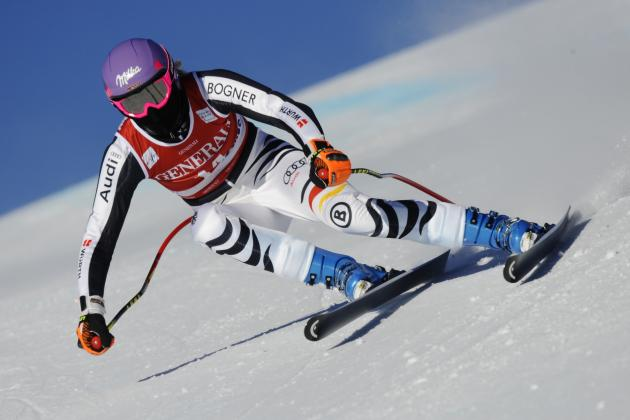 Lindsey Vonn Plans to Race Downhill at Lake Louise