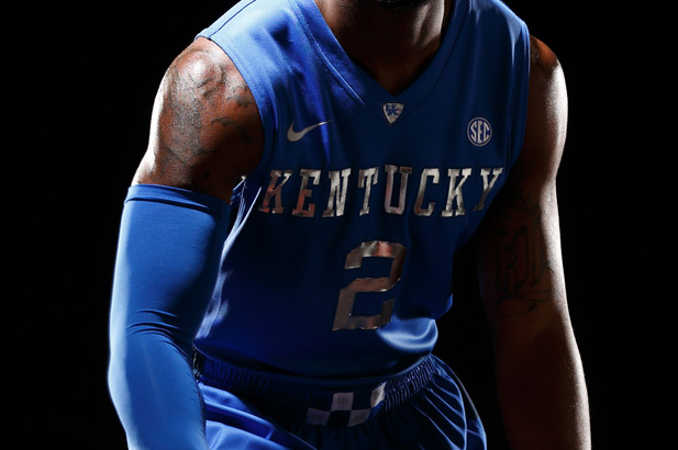 University of Kentucky Unveils New Uniforms with Chrome Lettering