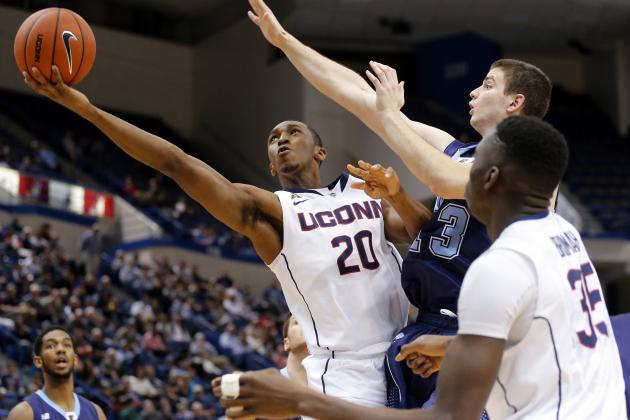 No. 12 UConn Beats Maine 95-68 to Improve to 9-0