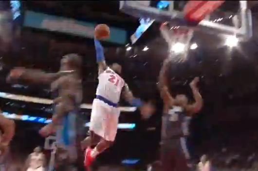 Knicks Guard Iman Shumpert Throws Down Nasty Slam vs. Orlando Magic