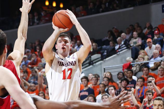 Green Bay Holds on to Beat Virginia 75-72