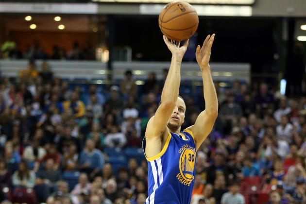 Stephen Curry Breaks Warriors' Record for Most 3-Pointers