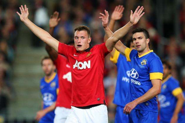 Phil Jones Symbolises All That Is Wrong with Manchester United's Midfield