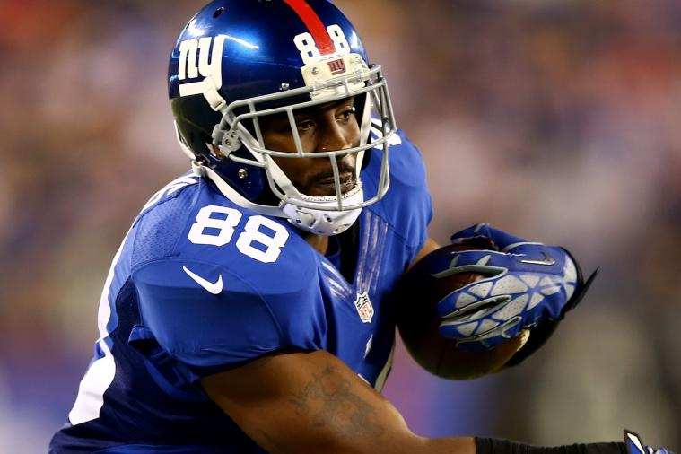 Hakeem Nicks Thinks He's in End Zone on Hail Mary Attempt