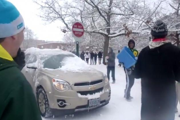 Oregon Ducks Football Players Face Disciplinary Actions over Snowball Fight