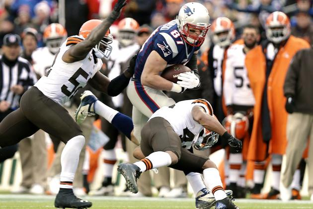 NFL Needs a 'Rob Gronkowski Rule,' but It Won't Save Players' Knees