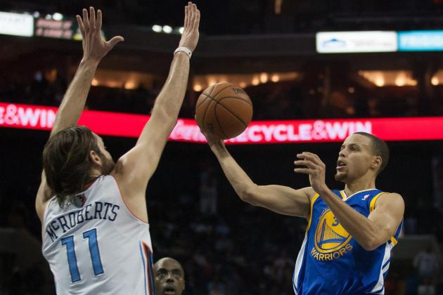 Stephen Curry Drops 43 Points on the Bobcats in North Carolina Return