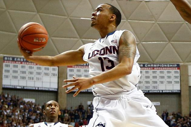 UConn Men Not Zoning Out So Far