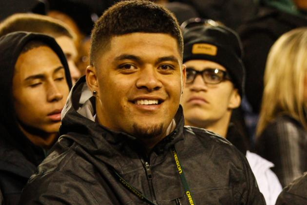 Haniteli Lousi Commits to Oregon: Ducks Land No. 1 JUCO OG