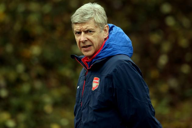 Arsene Wenger Gives Confusing Reply on Gonzalo Higuain, Mesut Ozil Arsenal Talk