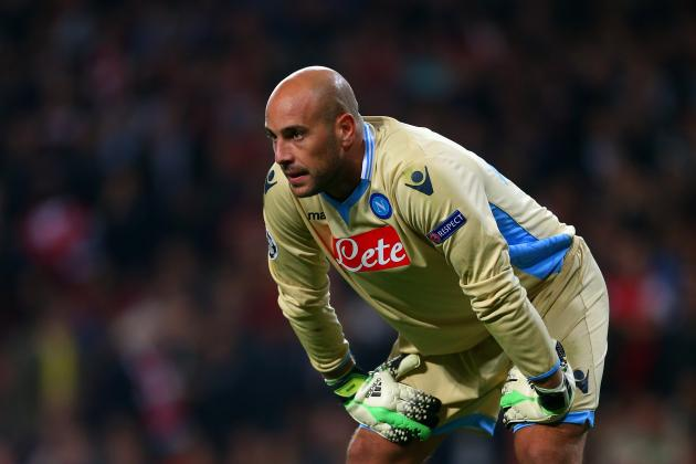 Pepe Reina Reportedly Fails to Train Ahead of Napoli vs. Arsenal, Rafael Debuts