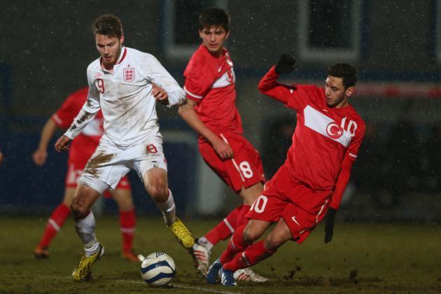 Scouting Liverpool Transfer Target Hakan Calhanoglu