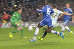 GIF: Demba Ba Puts Chelsea Ahead vs. Steaua in Champions League