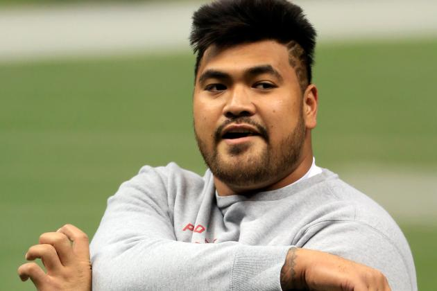 Iupati Back at Practice; Crabtree Dealing with Ankle Sprain