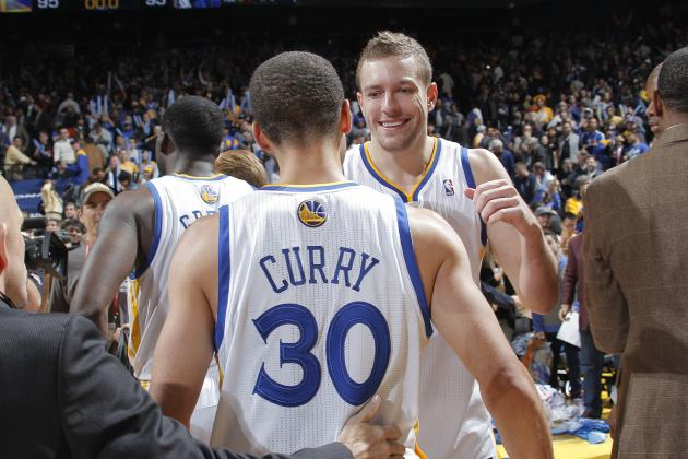 Golden State Warriors Prove Fans Have No Need to Panic in Win over Mavericks