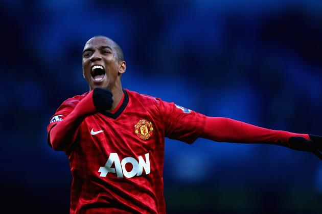 Ashley Young Ignores 'Diver' Tag and Jeers of Manchester United Fans