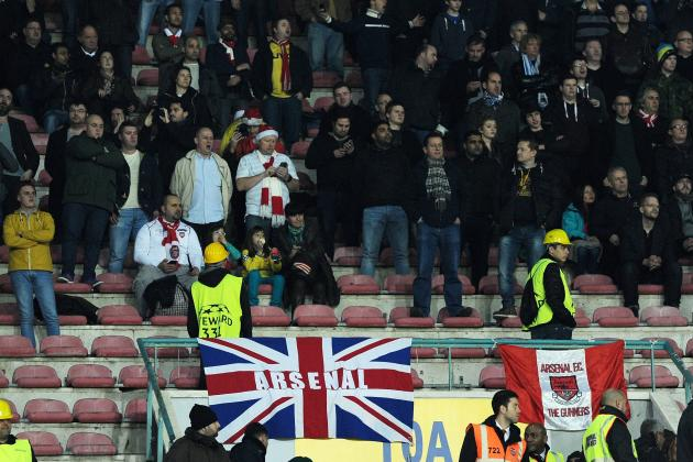 Arsenal Fans Angry at Club After Late Safety Buses Arrive After Kick-off