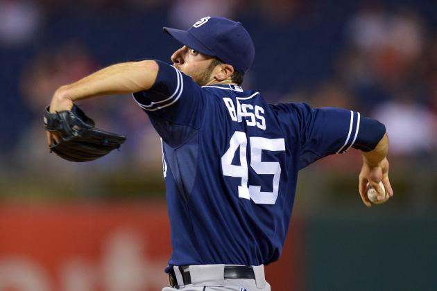 Astros Add Reliever Bass, Still Target Veras for 'Pen