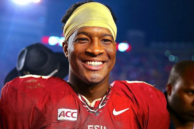 Jameis Winston Wins 2013 Walter Camp Player of the Year Award