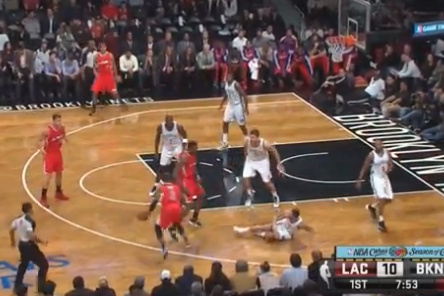 Chris Paul Breaks Deron Williams' Ankles on Nasty Crossover