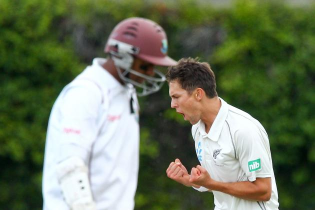 GIF: Trent Boult Catch to Dismiss Denesh Ramdin in New Zealand vs. West Indies