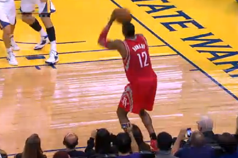 Has Dwight Howard Finally Learned How to Shoot Free Throws?