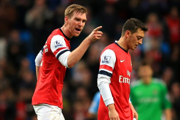 Arsenal's Per Mertesacker Blasts Mesut Ozil for Not Applauding Away Gunners Fans