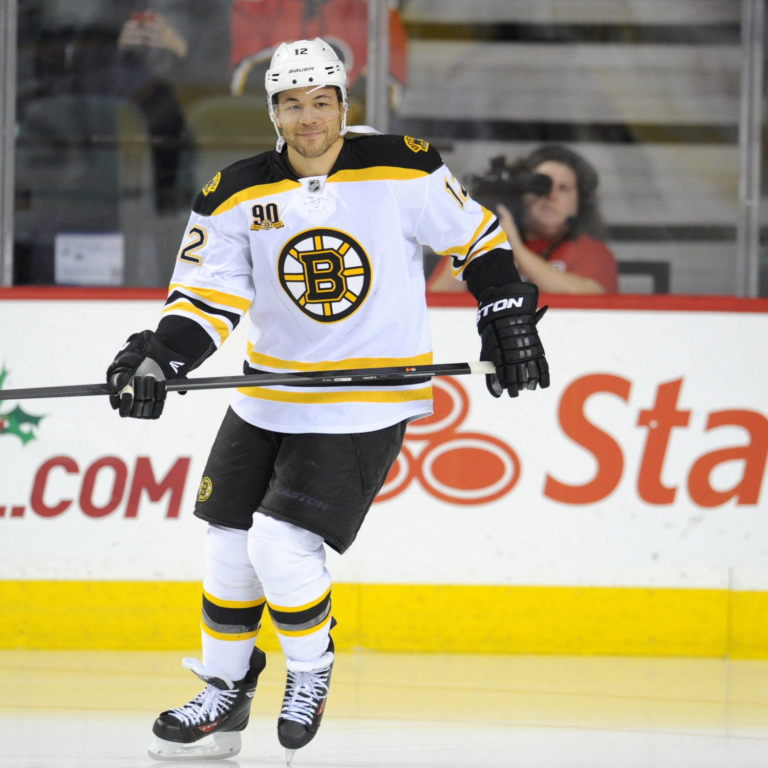 Jarome Iginla Injury: Updates On Bruins Star's Hand And