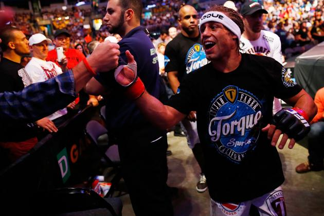 UFC on FOX 9 Salaries: Urijah Faber, Demetrious Johnson Earn Six Figures