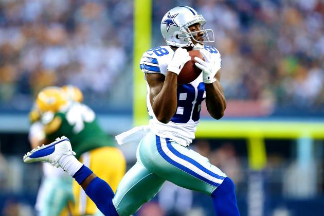 Fans Unhappy with Dez Bryant After Early Departure from Cowboys-Packers Game