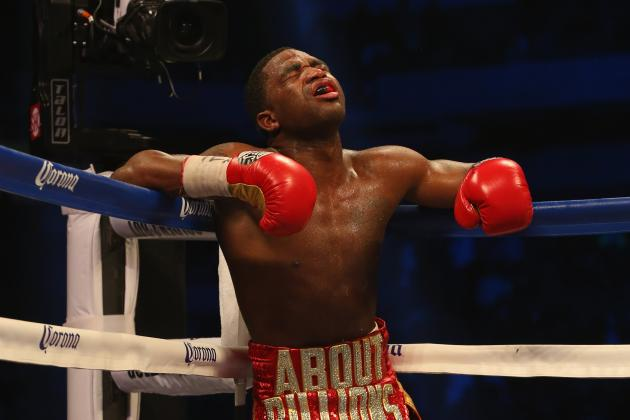 Why Adrien Broner Must Stop Fighting Like Floyd Mayweather