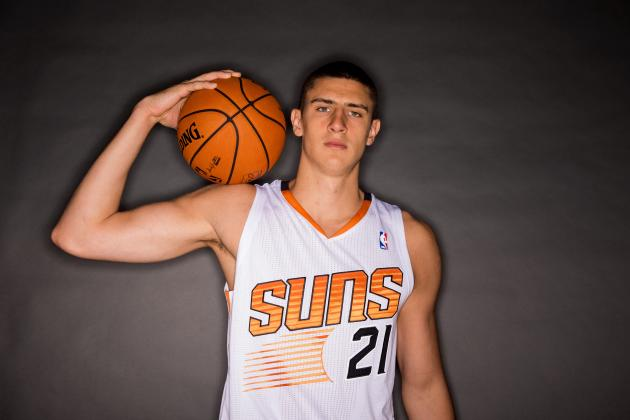 Phoenix Suns' Alex Len Staying Positive Despite Frustrating Start to Career