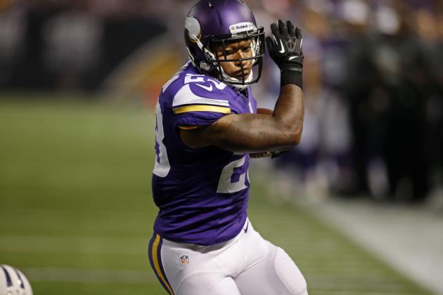 Minnesota Vikings Re-Sign Remmers, Waive Banyard