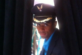 Alaska Airlines Giving Priority to Passengers Wearing Russell Wilson Jerseys