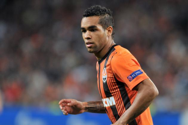 Manchester United Transfer Rumours: Alex Teixeira Would Outshine Willian