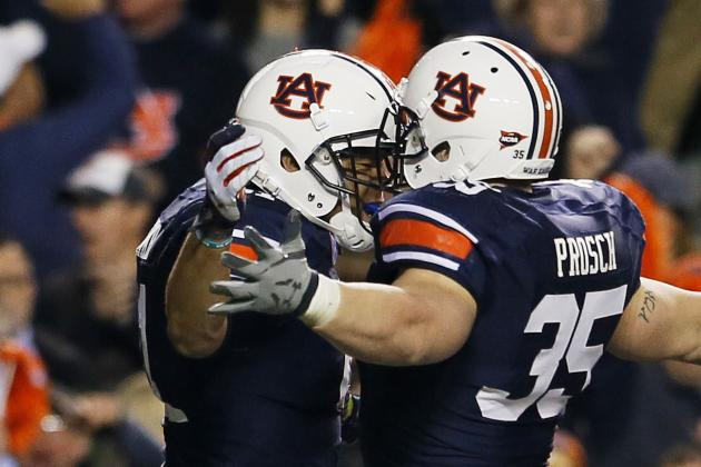 Auburn Tight End C.J. Uzomah's Injured Shoulder 'Doing a Lot Better'