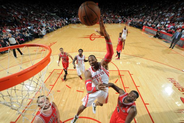 How Dwight Howard Is Improving with the Houston Rockets