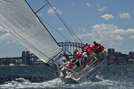 Close Encounter for Maxis in Sydney to Hobart Race
