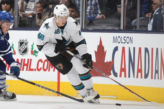 Tomas Hertl Will Not Return vs. Kings Due to Knee Injuy