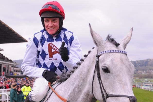Top Chaser Simonsig out for the Season