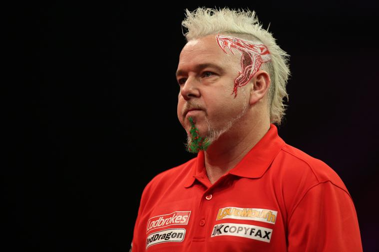 Darts Player Peter Wright Dons Christmas Tree Goatee at PDC World Championship