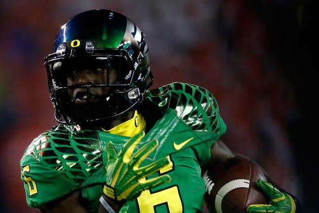 Oregon Ducks New Bowl Uniform Is Latest Innovation in Jersey Technology