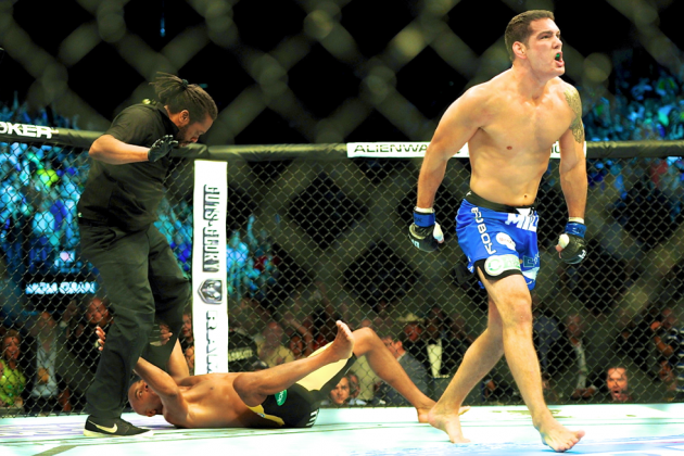 UFC 168 Primer: Reliving 1st Fight Between Anderson Silva and Chris Weidman