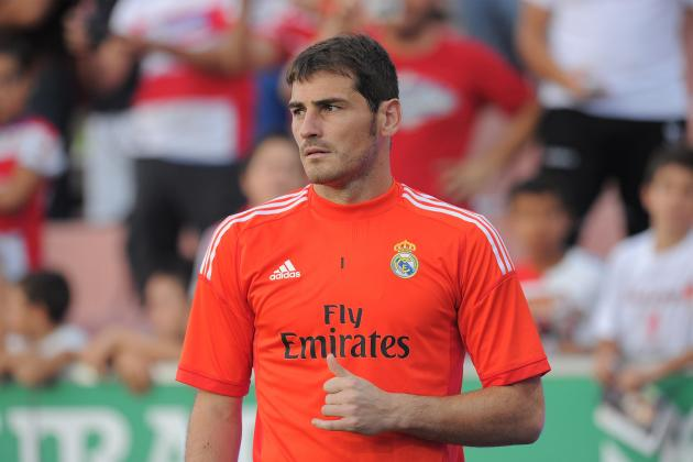Arsenal Transfer News: Gunners Should Rule Out January Move for Iker Casillas