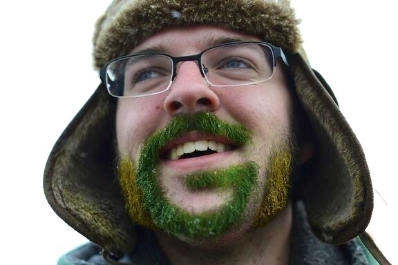 Green Bay Fan Has the Ultimate Packers Facial Hair