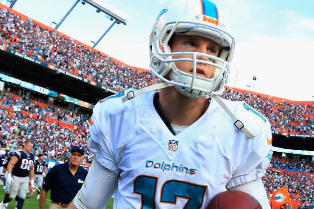 Tannehill Leaves Game Due to Leg Injury; Moore in