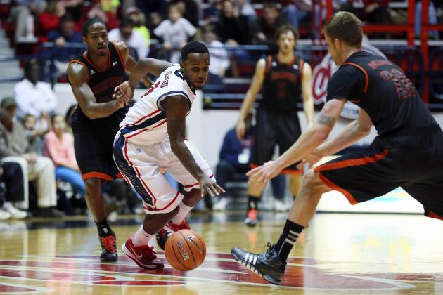 Langston Hall's Three-Pointer the Difference as Mercer Wins at Ole Miss