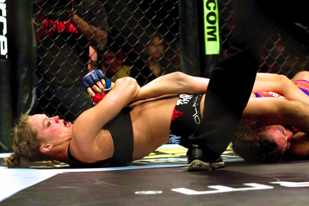 UFC 168: What Makes Ronda Rousey's Armbar so Dominant?